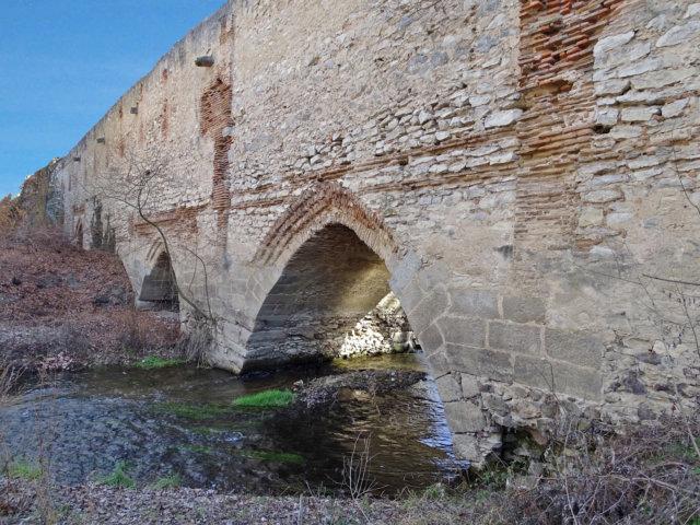 Puente de Valladolid en Arévalo